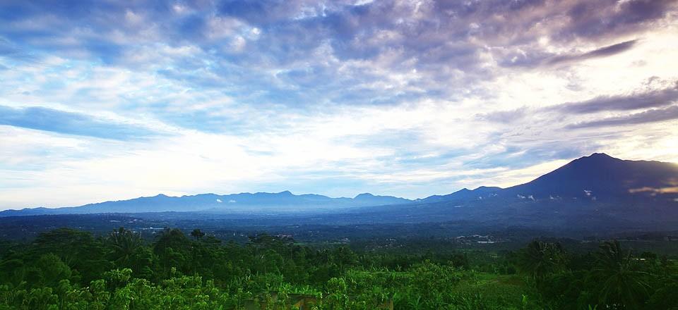 Panorama dan Suasana Pagi di Kampoeng Bamboe