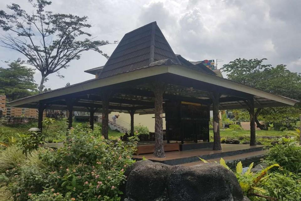 Rumah Koi 1